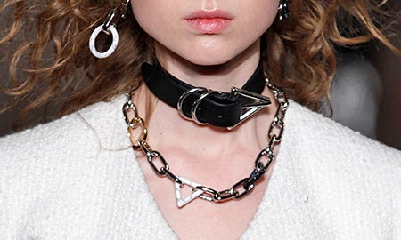 Get The Jewelry Trend: Gothic Glamour